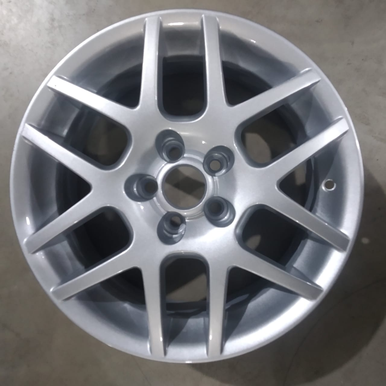 RODA ARO 16 - REPLICA ORIGINAL GOLF GTI - 5X100